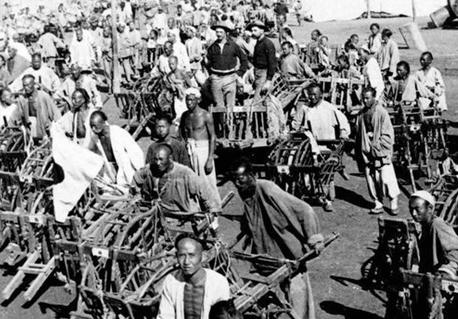 八国联军进攻紫禁城的时候 百姓为何帮助联军运粮食搬梯子 第2张